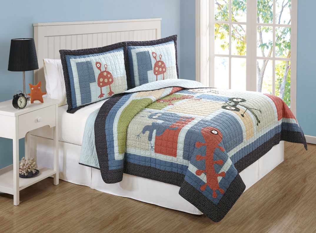 Pem America Best Quality Funny Friends Twin Quilt with Pillow Sham  By Pem America at Sears.com